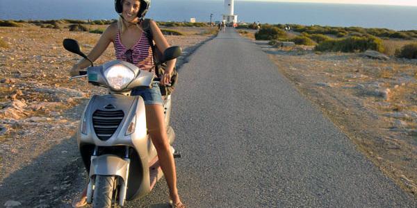 Alquiler moto en Formentera
