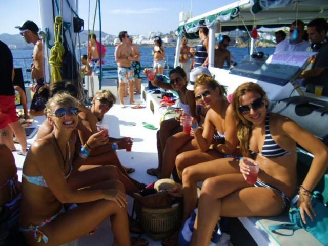 Fiesta en barco Formentera